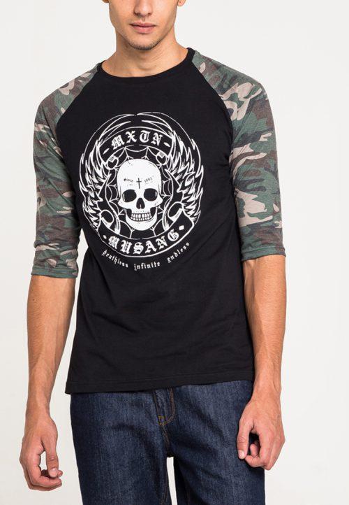 เสื้อยืดแขนยาวแขนลายพรางลำตัวสีดำสกรีนนูนด้วยเทคนิคแฟลทคุณภาพสูง