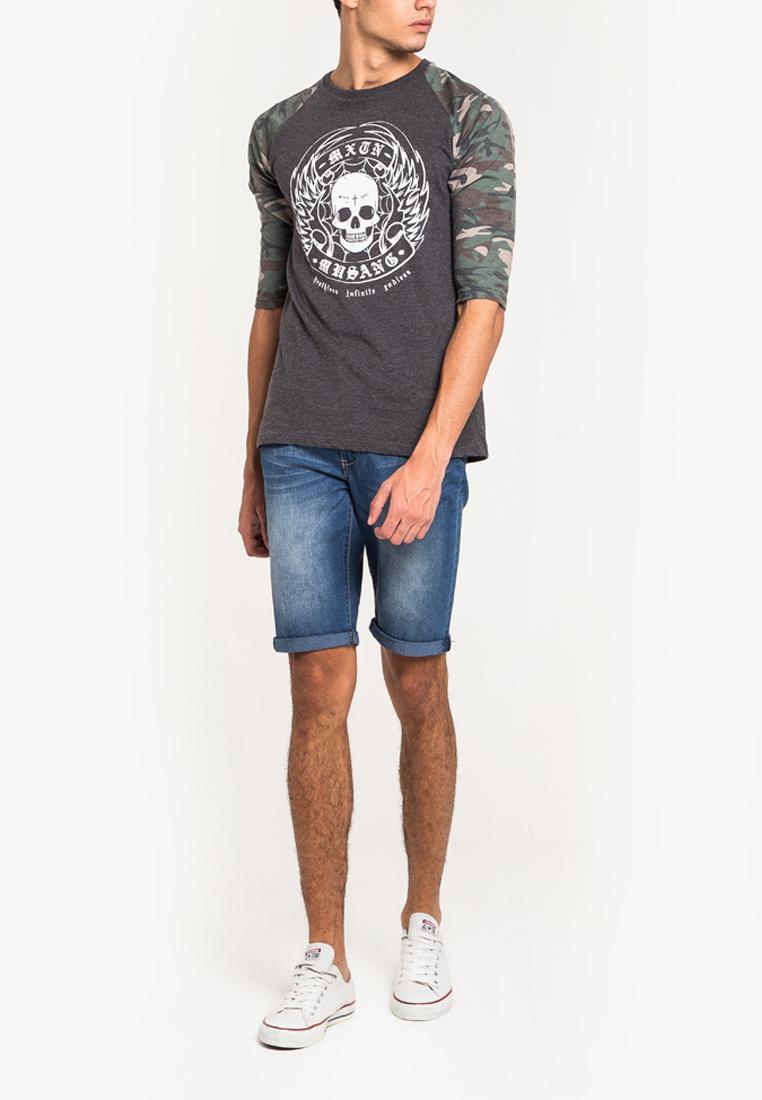 เสื้อยืดแขนยาวแขนลายพรางลำตัวสีเทาเข้มสกรีนนูนด้วยเทคนิคแฟลทคุณภาพสูง