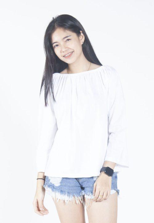 เสื้อเบลาส์ long-sleeves pleated scoop neck (ขาว)